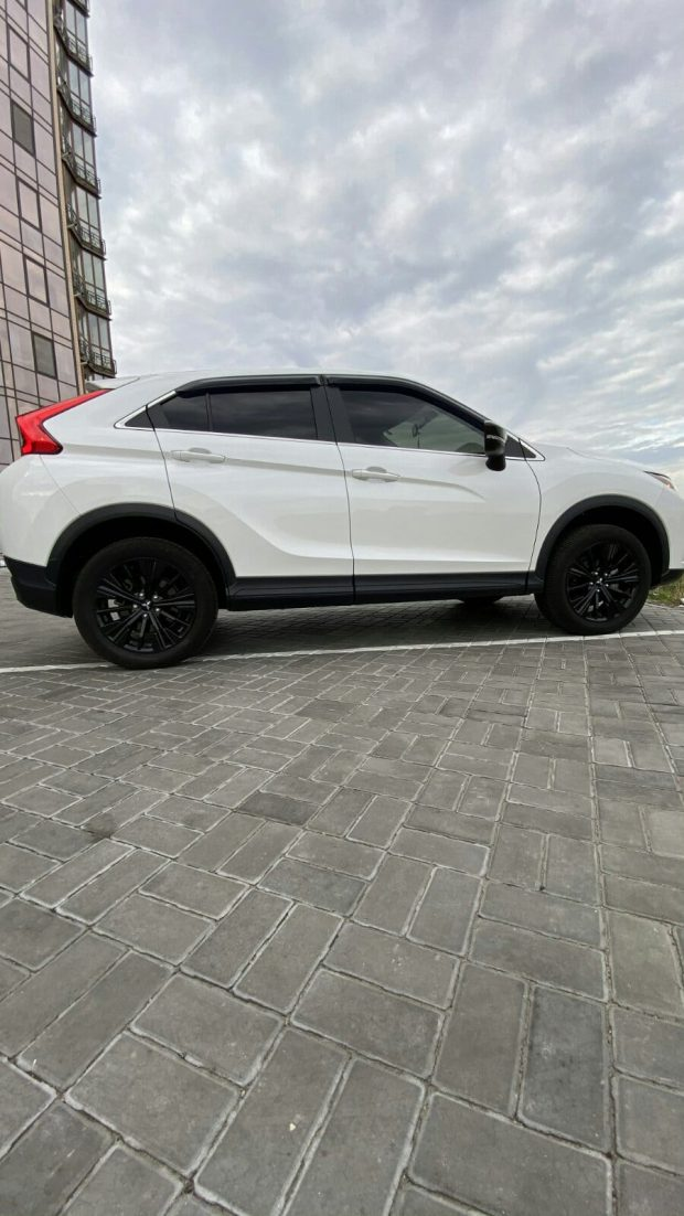 Mitsubishi Eclipse Cross Limited Edition 3